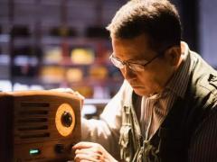 猫王收音机年销2亿的背后,62岁创始人如何把50后的情怀卖给90后?