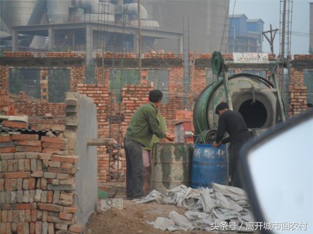 2017年,农业改革出台新政策,农民工是否可以返乡<a href=http://www.zhifujing.org/gushi/ target=_blank class=infotextkey />创业</a>